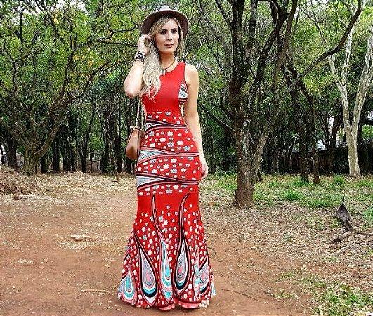 Vestido longo sereia com estampa vermelha