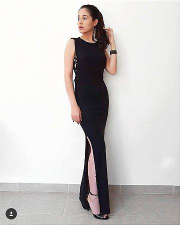 Vestido longo preto com amarração lateral . Divino :)