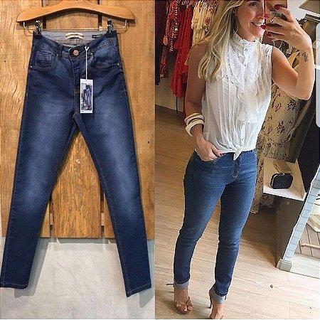 Calça jeans clássica skinny azul