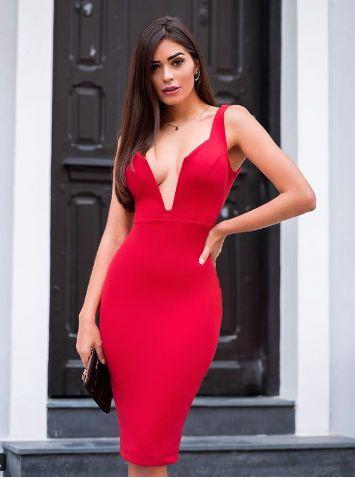 Vestido midi decote profundo  - Vermelho