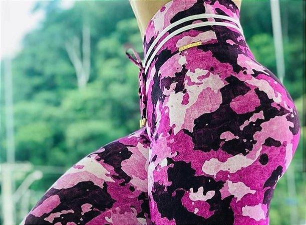 Calça legging fitness levanta bumbum estampa exclusiva camulflada rosa - tamanho único