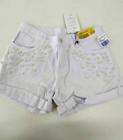 Shorts jeans boyfriend branco com pérolas