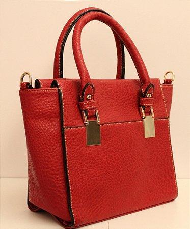 Bolsa em couro eco vermelha com fivela dourada e segunda alça removível
