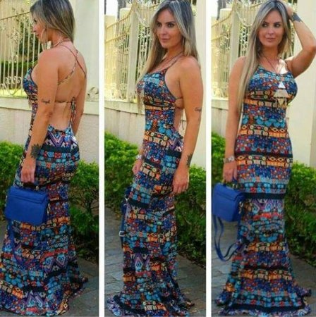 Vestido sereia super lindo com bojo e decote nas costas