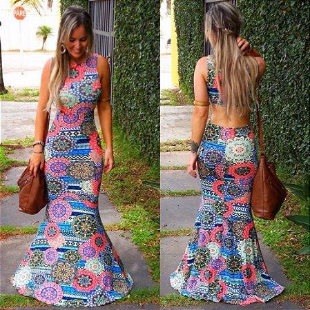 Vestido longo sereia com decote nas costas estampa divina