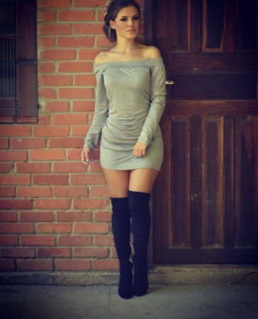 Vestido curto manga longa cinza