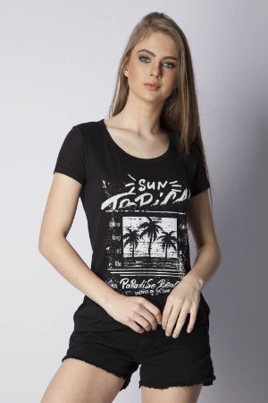 T-SHIRT CASUAL ESTAMPADA - PRETO