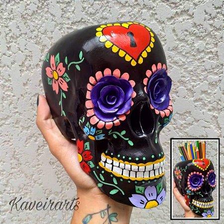 Caveira Mexicana Preta com Flor Roxa (Grande)(Fechada e PortaTreco)