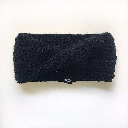 Gola de lã para bebê . preta
