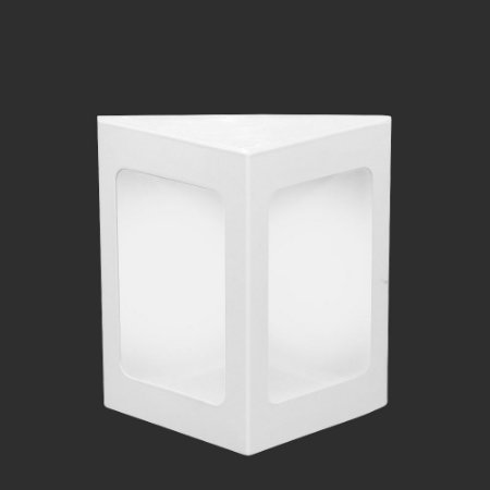 Arandela Alumínio Triangular 17,5 cm x 22,5 cm