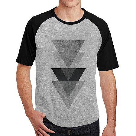 Camiseta Raglan Triangulos