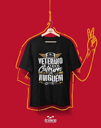 Camiseta Universitária - Veterano da P toda 02 - Basic