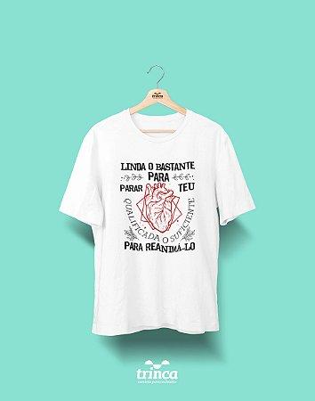 Camisa Universitária Medicina - Cardio Ela para Ele - Basic