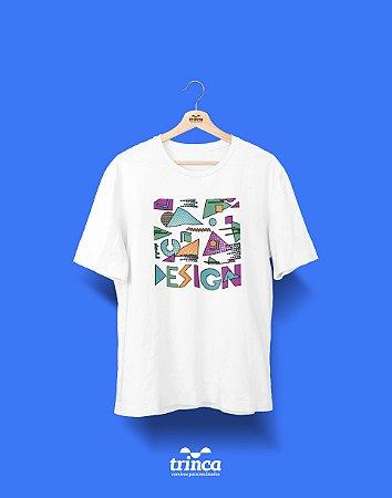 Camisa Universitária Design Gráfico - Memphis - Basic