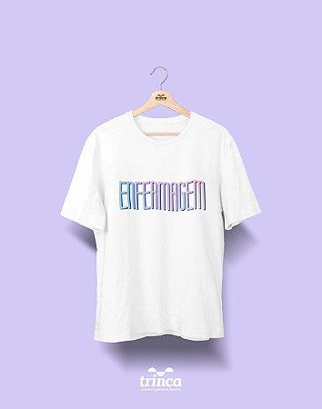 Camiseta Universitária - Enfermagem - Tie Dye - Basic