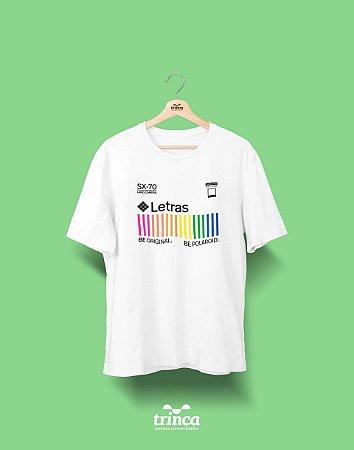 Camiseta Universitária - Letras - Polaroid - Basic