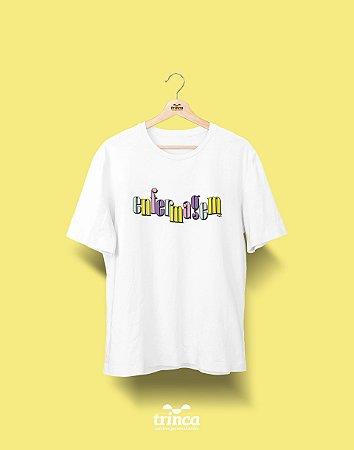 Camiseta Universitária - Enfermagem - 90's - Basic