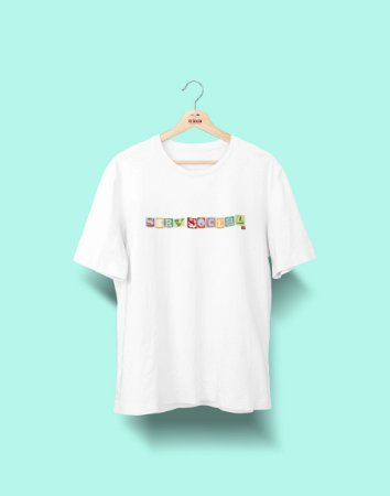 Camiseta Universitária - Serviço Social - Colagem - Basic