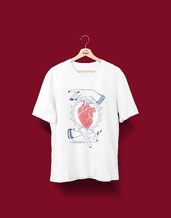 Camiseta Universitária - Fisioterapia - De coração - Basic