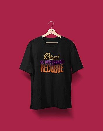 Camiseta Universitária - Direito - A Gente Recorre - Basic