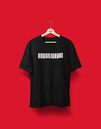 Camiseta Universitária - Coleção 3D - Recursos Humanos - Basic