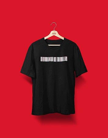 Camiseta Universitária - Coleção 3D - Segurança do Trabalho - Basic