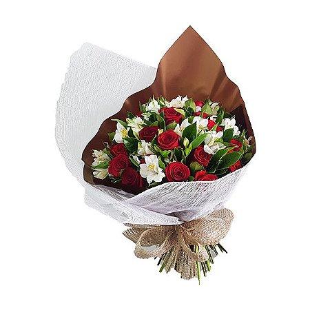 Buquê Especial 18 Rosas Vermelhas