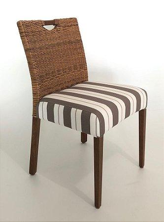 Conjunto com 2 cadeiras London Naturali sem braços madeira Jequitibá castanho e Junco natural com assento estofado