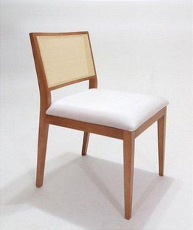 Cadeira Dani em Madeira com Telinha