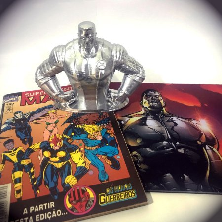 Busto Colossus + Quadrinhos Marvel