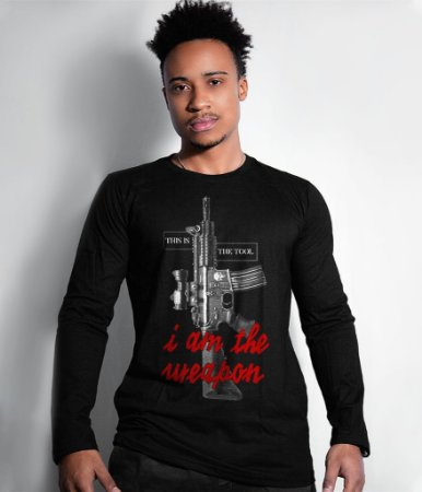 Camiseta Manga Longa I Am The Weapon