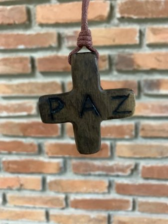 Cruz Paz e Fiat - (Madeira Escura)