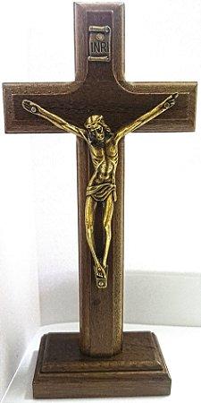 Cruz de Mesa Madeira 17cm Ouro Velho