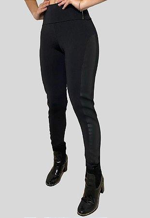 Calça Montaria Legging com Recorte Preta