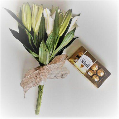 Ramalhete de Lírios e Ferrero Rocher  ( 8 und ) ou Chocolate Importado