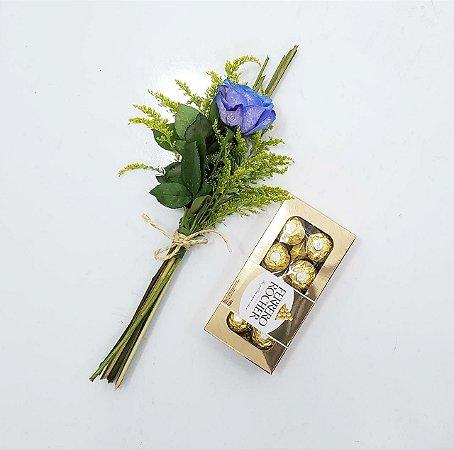 Ramalhete de Rosa com Ferrero Rocher