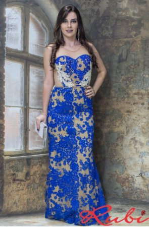 Vestido longo azul royal de renda, fundo nude com perola bordada no busto e transparência