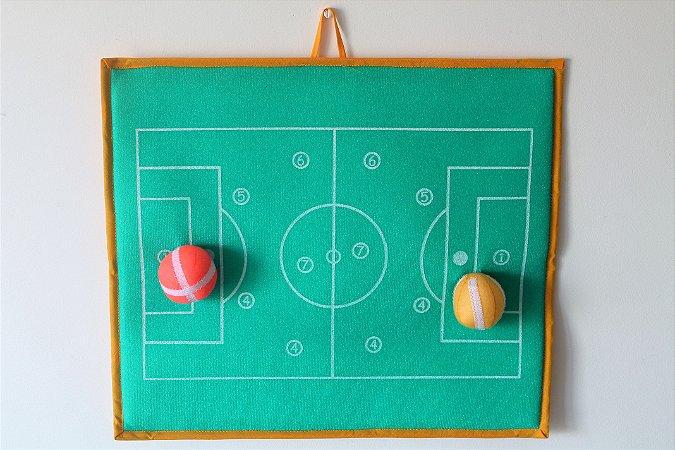Brinquedo Educativo Brincando com os números  - Campo de Futebol