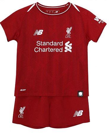 Kit infantil oficial New Balance Liverpool 2018 2019 I jogador