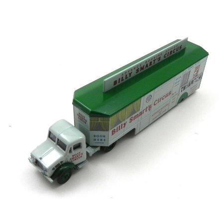 Bedford Ox Booking Office Billy Smarts 1/76 Oxford