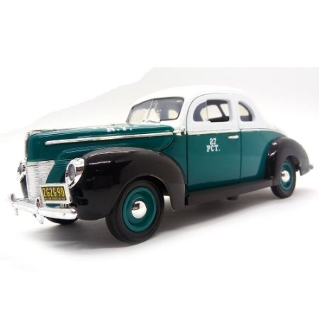 Ford Deluxe Coupe NY Police 1940 1/18 - Greenlight