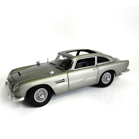 Goldfinger Aston Martin Db5  007 James Bond  1/18 Hot Wheels
