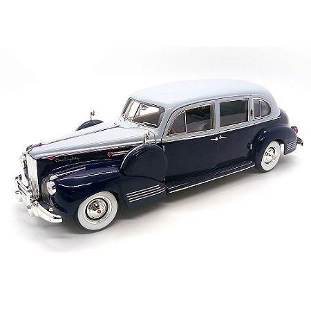 Packard Super 818 1941 1/18 - Greenlight