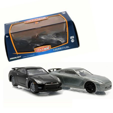 Set 2x Nissan Skyline GT-R (R35) 2014 1/64 Greenlight