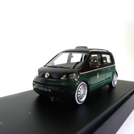 Volkswagen UP Taxi 2014 1/43 Looksmart