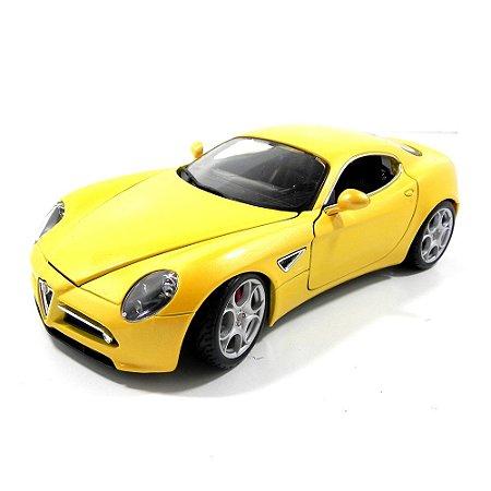 Alfa Romeo 8C Competizione 1/18 Bburago Amarelo