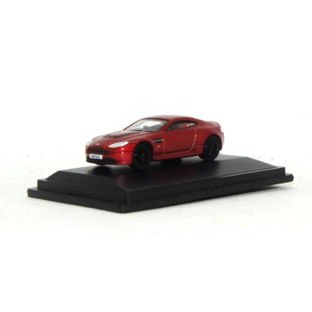 Aston Martin V12 Vantage S Volcano Red 1/76 Oxford