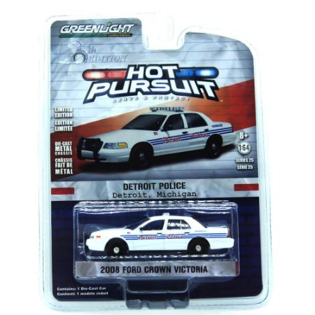 Ford Crown Victoria 2008 Hot Pursuit 25th Edition 1/64 Greenlight