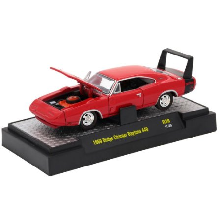Dodge Charger Daytona 440 1969 Detroit-Muscle R38 1/64 M2 Machines