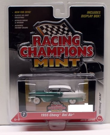 Chevy Bel Air 1955 Racing Champions Mint 1/64 Johnny Lighting